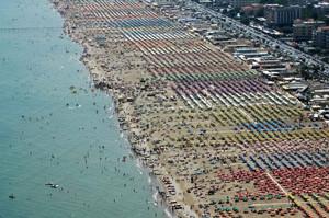 Пляж в Римини у отеля