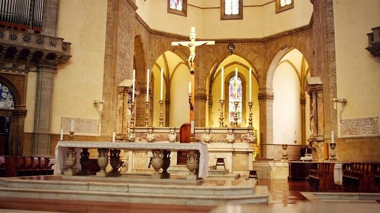 Главный алтарь Санта Мария Дель Фьоре