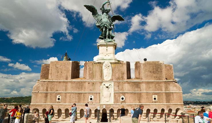 На крыше замка Святого Ангела