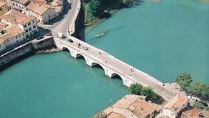Мост Тиберия - легендарное итальянское сооружение