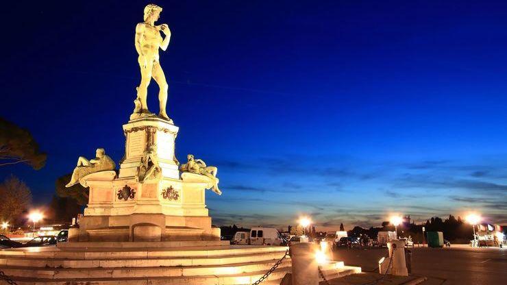 Скульптура Давида на площади Микеланджело во Флоренции