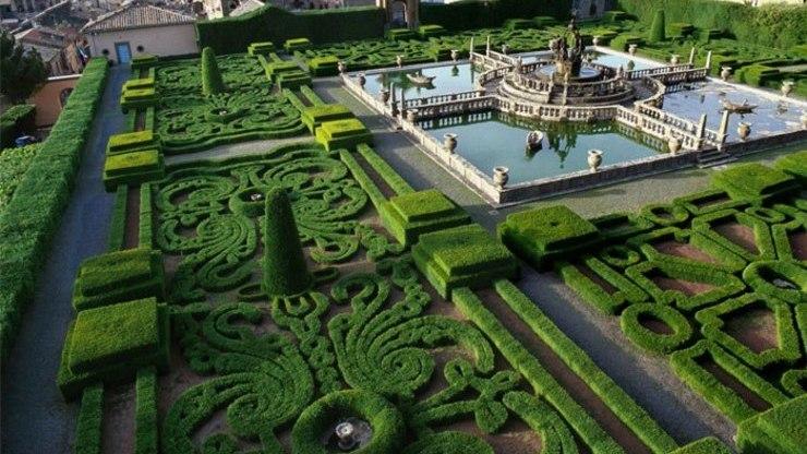 Фонтаны и декоративные оранжереи в саду Боболи