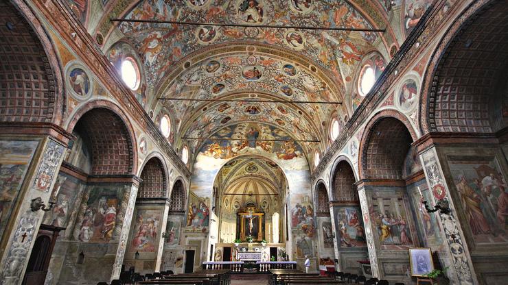 Интерьер церкви Санта-Мария-делле-Грацие