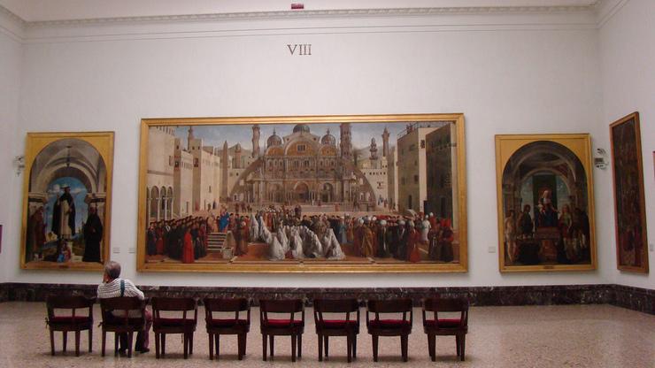 Внутри Пинакотеки Брера, помимо галереи, есть музей и реставрационная мастерская