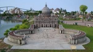 Римская площадь в миниатюре в парке Римини