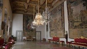Внутреннее убранство на втором этаже дворца