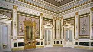 Внутреннее богатое убранство королевского дворца в Милане