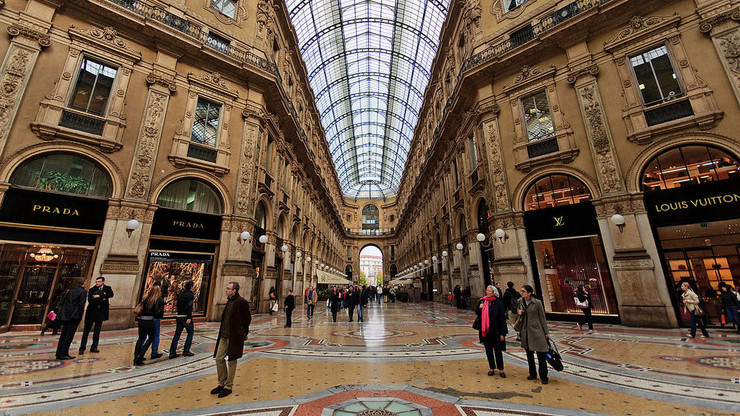 Крытая галерея-пассаж, ставшая крупным торговым центром