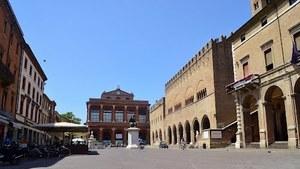 Площадь Кавур - туристический центр Римини