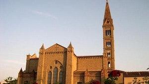 Колокольня возле церкви Санта-Мария-Новелла