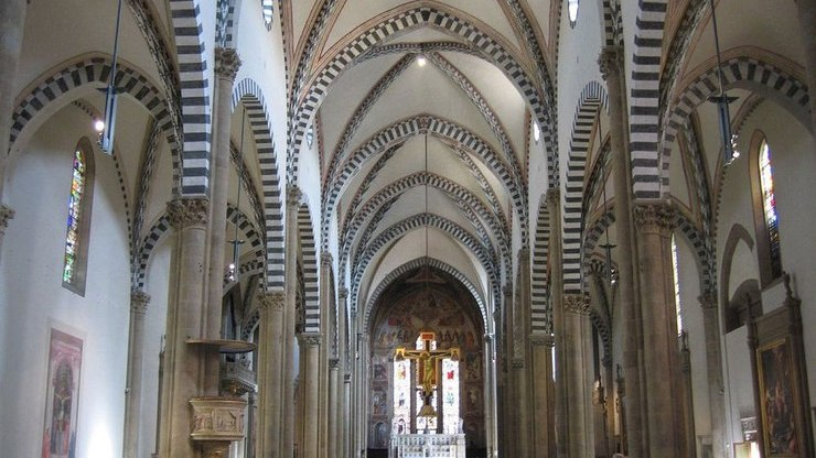 Интерьер церкви Санта-Мария-Новелла во Флоренции