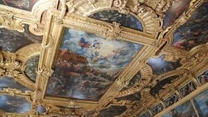 Венеция изображена в виде богини