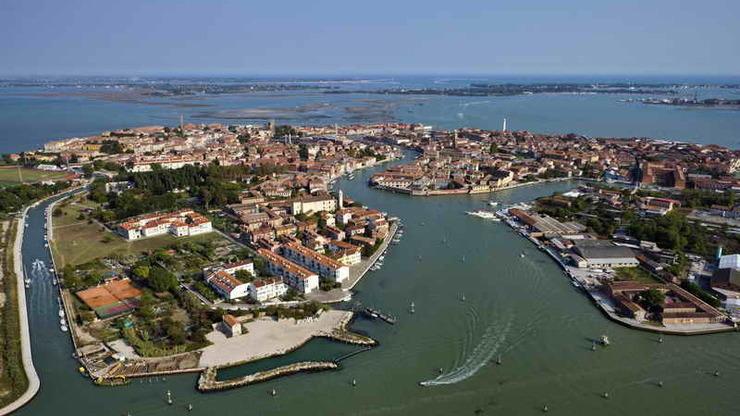Один из крупных островов Венецианской лагуны