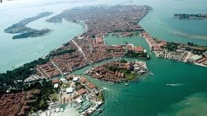 Вид сверху на некоторые острова Венеции
